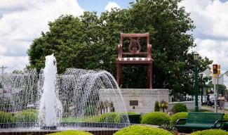 Thomasville Chair and fountain